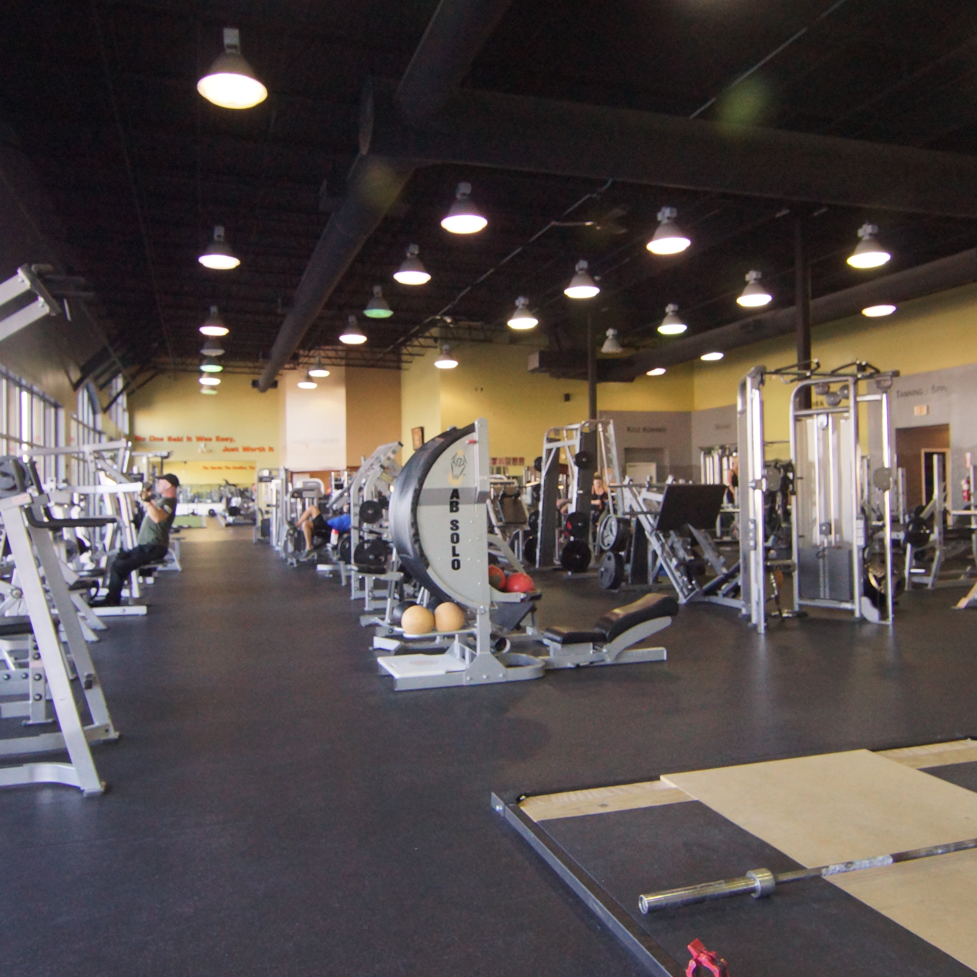 Spring hill fitness 24 7 gym home for Fitness 24 7 mobilia